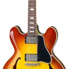 Larry Carlton ES-335